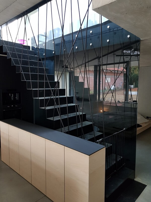 Pglas - glazen balustrade met glasbouten 003