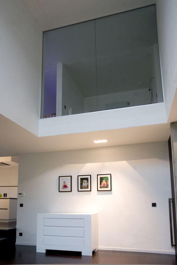 Pglas - Glazen wand in helder glas plafondhoog 002