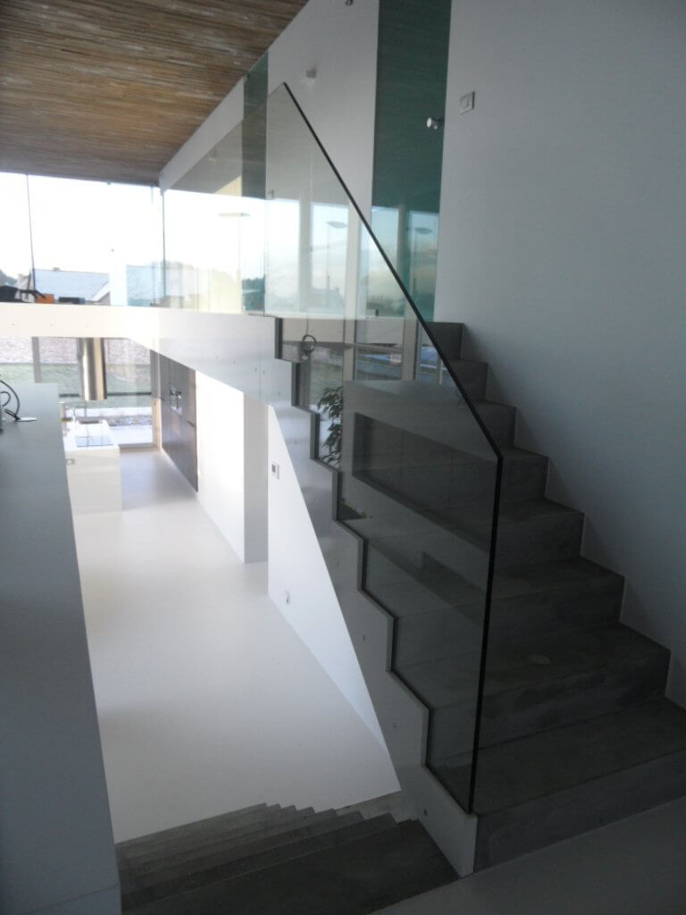 Pglas - Glazen balustrade trapleuning stalen glasklem helder glas 013