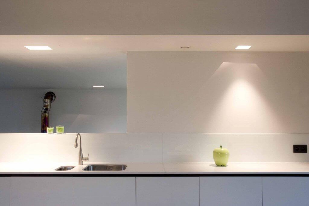 Pglas - glazen spatwand pure white extra klaar RAL 9003 002