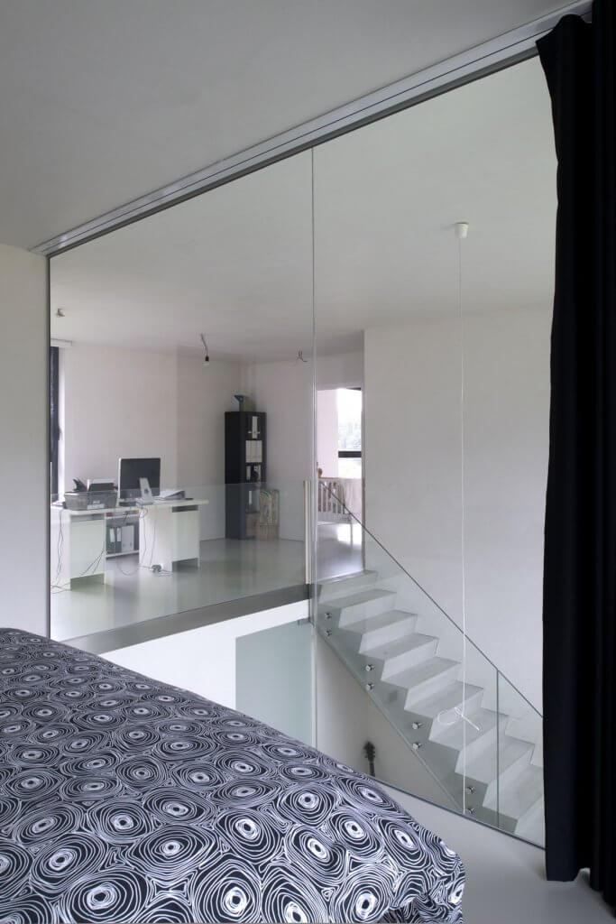 Pglas - Glazen trapleuning-glasbouten helder glas beton 007