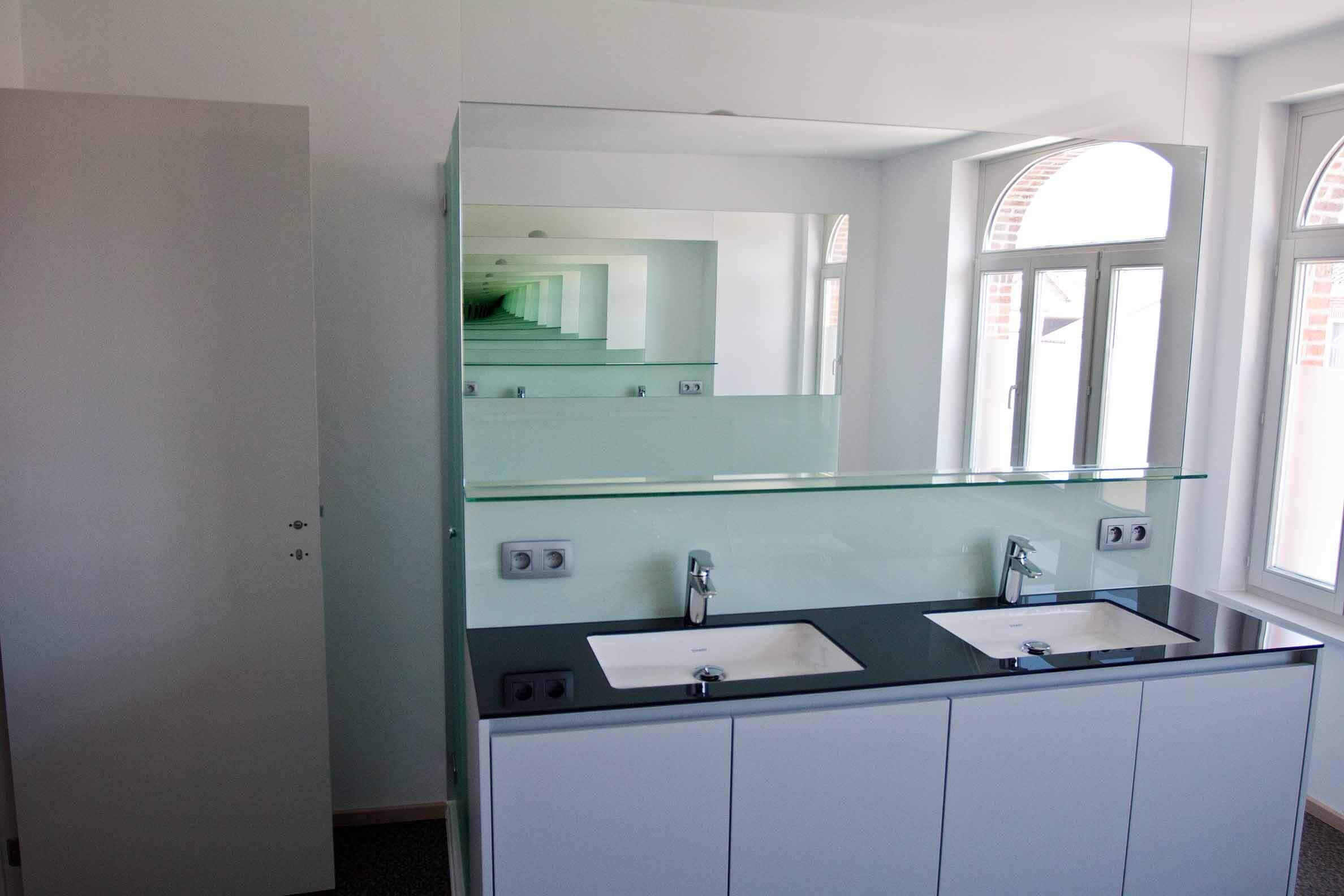 Pglas - Spiegel in color glass soft white 003