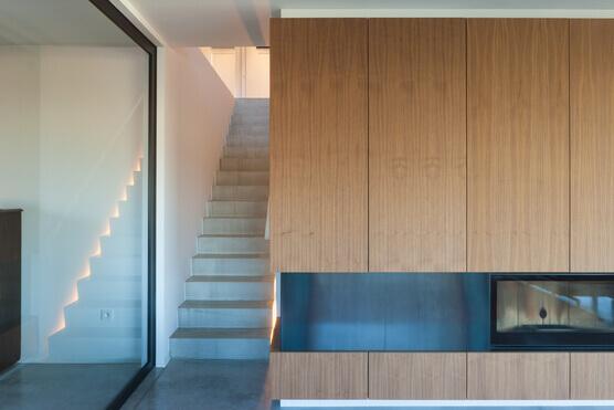 Stalen deur, pivoterend, met gelijkliggende glaslatten