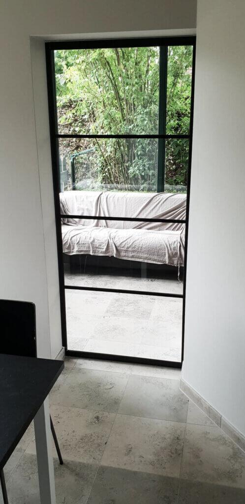 Stalen deur horizontale onderverdeling