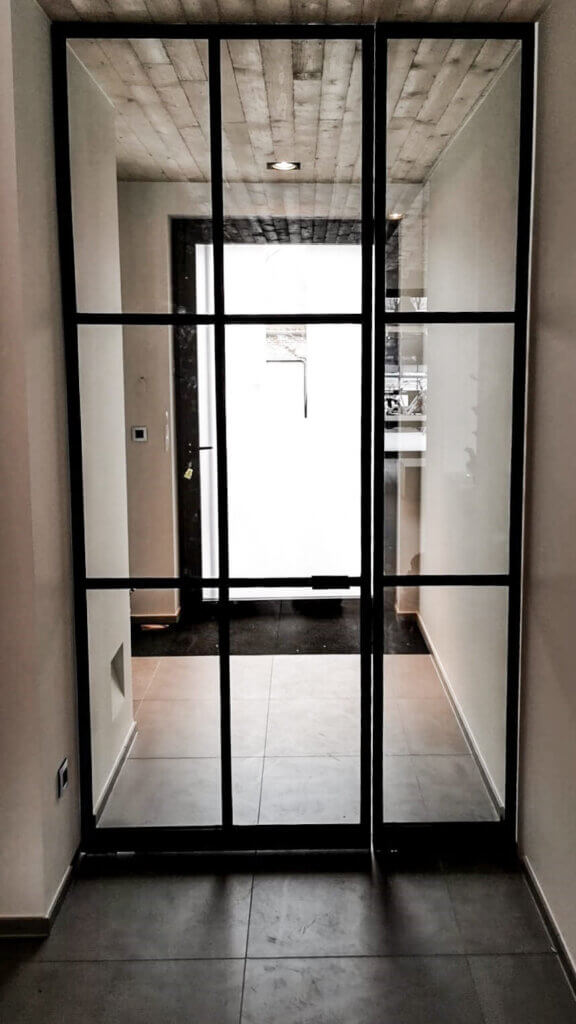 Stalen deur unica met zijpaneel