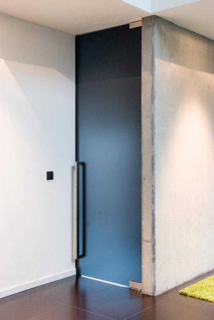 glazen-deur-grijs-gezuurd-ozone-carré1000-2