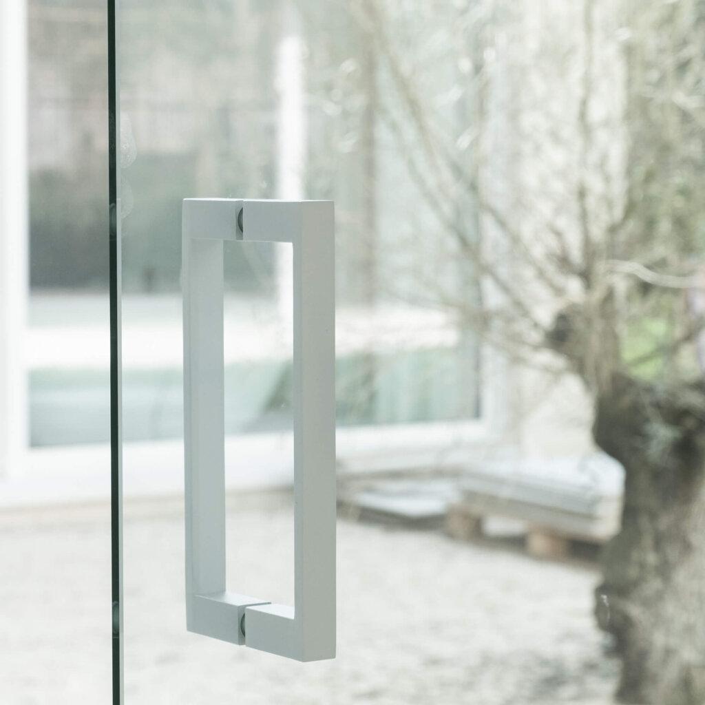 Glazen draaideur helder glas ozone wit cosmic 200mm wit